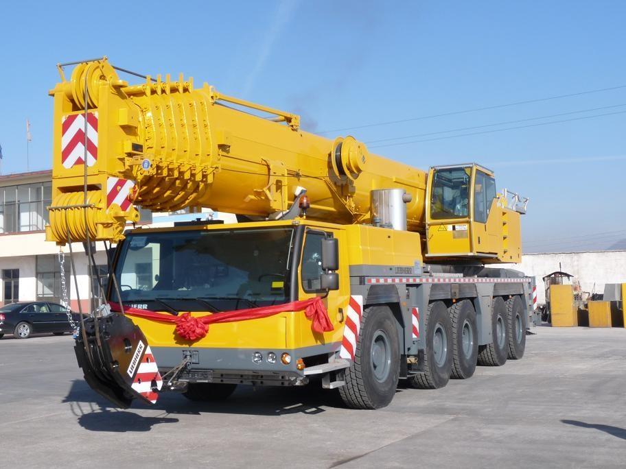 Telescopic Crane 200 Ton : Used tons truck crane of liebherr ltm for sale