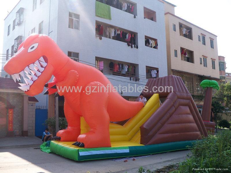 充氣恐龍滑梯 1
