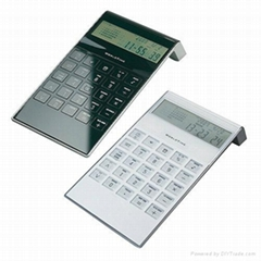Dual power  solar and  bettery calculator  with calendar  function