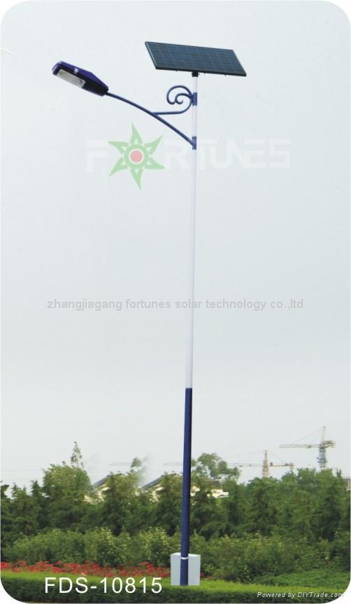 FDS-10815  solar road light