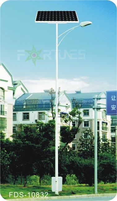 FDS-10832  solar road light