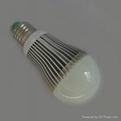 LED球泡燈 6W