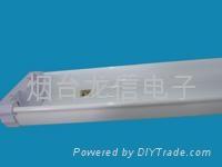 標準雙燈熒光燈具 4