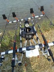 三点平衡多功能多点调节四竿渔竿架