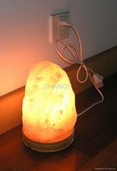 Himalaya salt crystal lamp