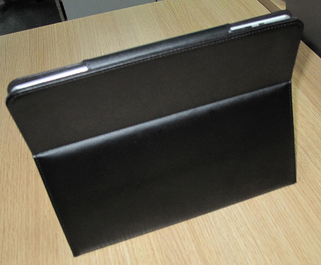 2011 new electronics Ipad bluetooth keyboard with Ipad leather case KB-6117 2