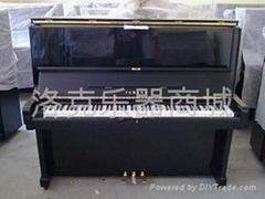 雅马哈 钢琴精品U2