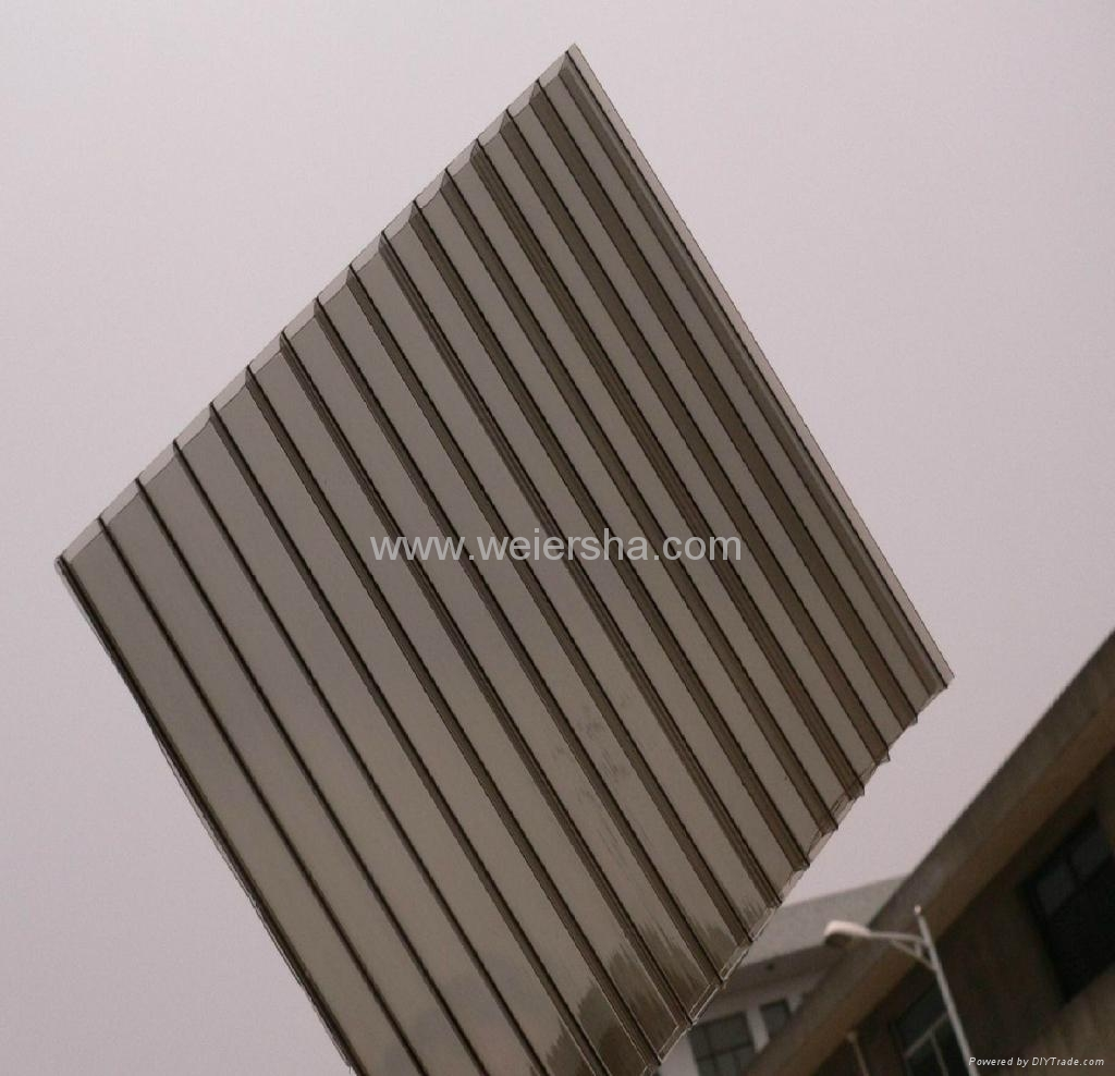 triple wall,double wall polycarbonate hollow roofing sheet 1