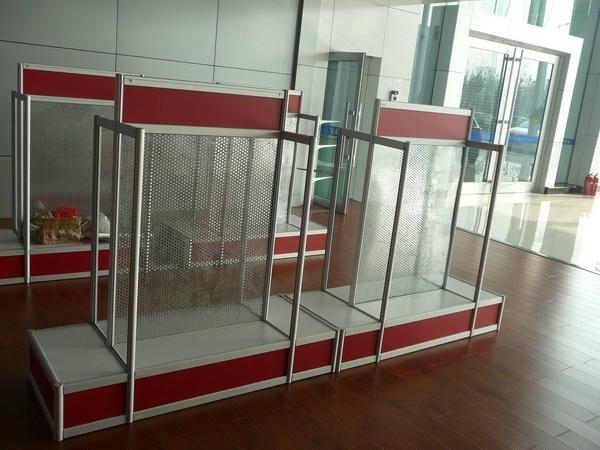 中島展示櫃 3