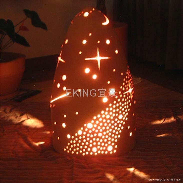 陶燒尖頂塔形陶燈  3