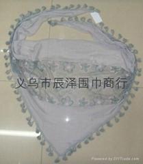 刺绣梅花三角巾