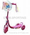 plastic kids' scooter with 3 wheels