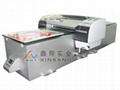 在PVC表面喷印彩色图案机器