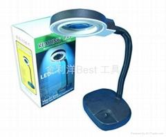 LED desk lamp magnifier