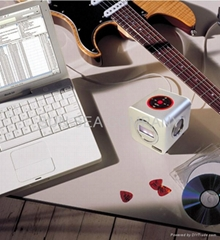 USB MP3 MP4 SPEAKER WITH FM RADIO SD/MMC SLOT