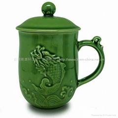魚躍龍門高杯(綠釉)