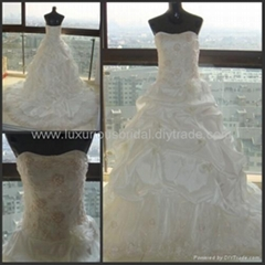 2011 Hotsale Ball gown Real Products LWR0001 Wedding dress