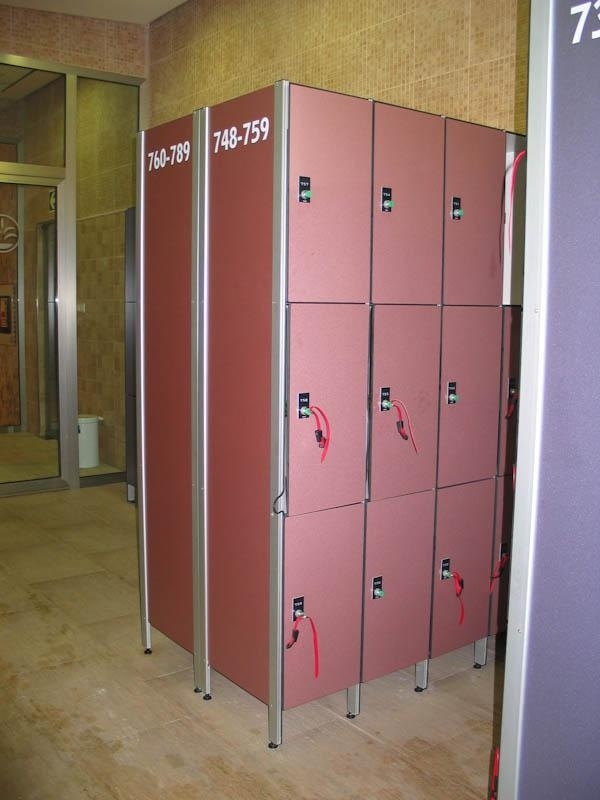 Lockers Phenolic Compact Board Sport 1