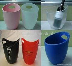 Acrylic / Plastic Ice Buckets