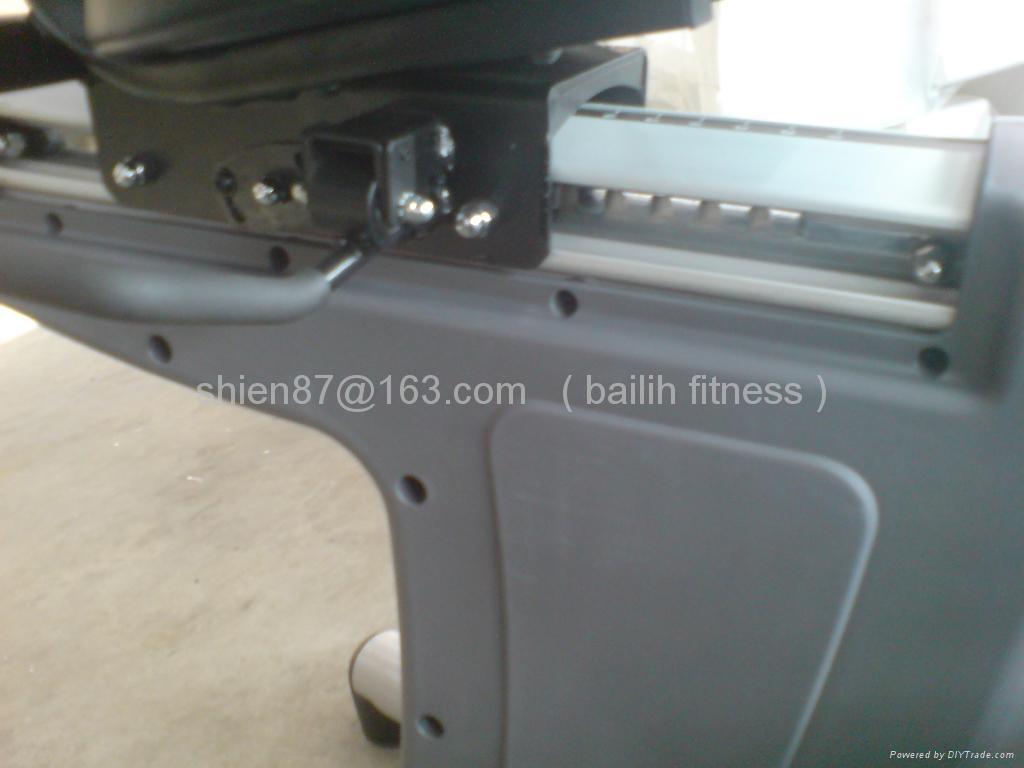健身房商用器材---R2 (R2TV)卧车 3