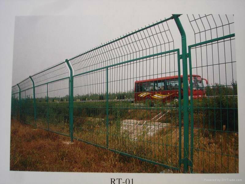 厂家促销公路护栏网 3