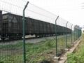 厂家促销铁路护栏网 3