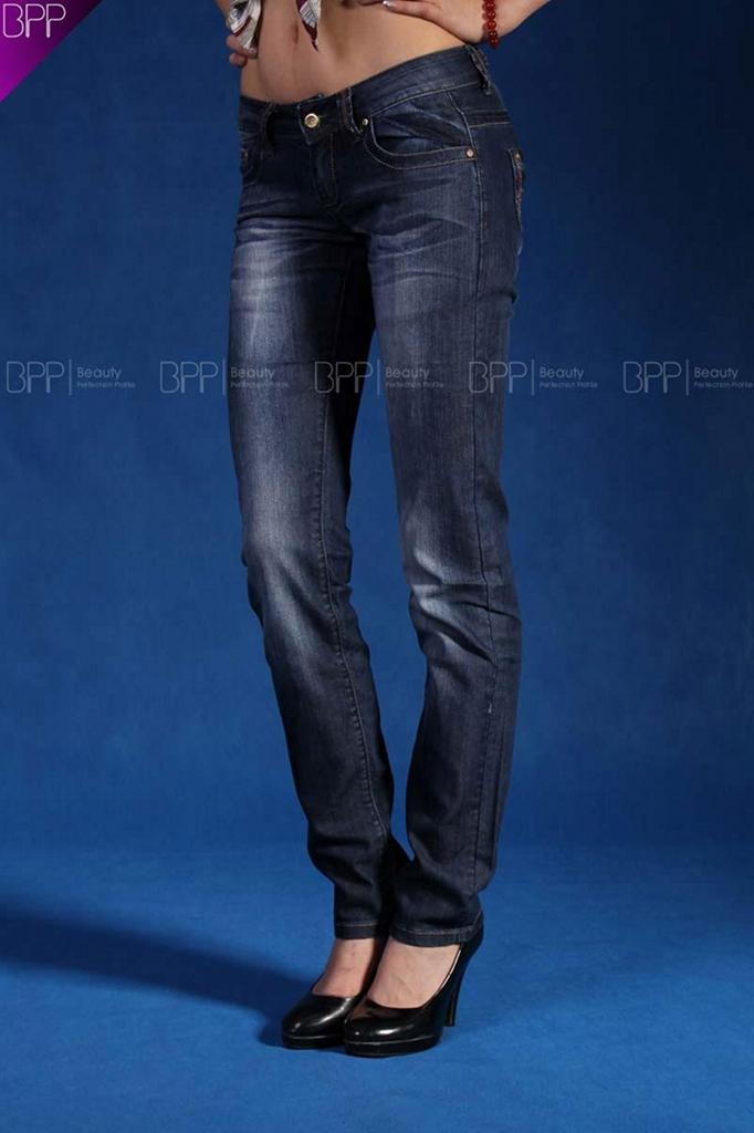 2011新款牛仔褲 4