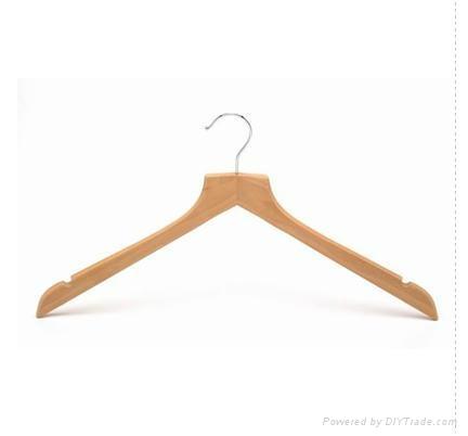 Wooden suit hanger 3
