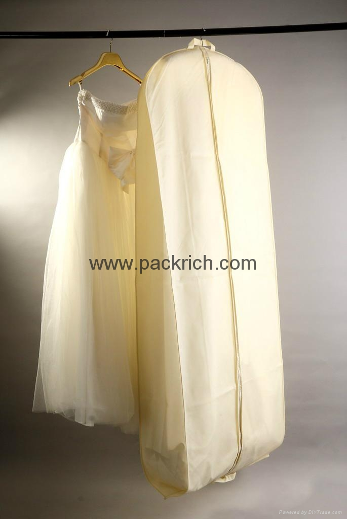 wedding dress garment bags | Wedding