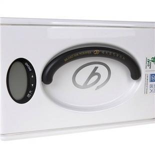 挂壁式空氣淨化機 5