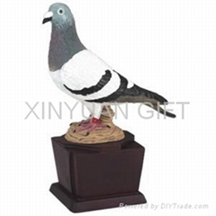 XY#1 Pigeon trophy