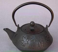 Japanese style casting iron teapot 0.9L
