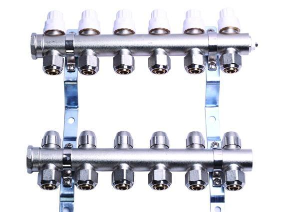 地暖分集水器 5