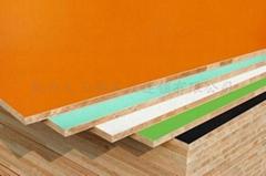 大王椰板材抗刮痕鏡面板