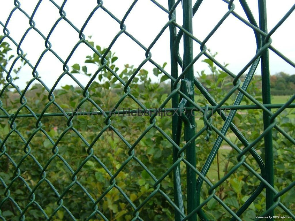 Welded wire mesh fence lj lijie china