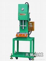 供应TY301台式小型油压机