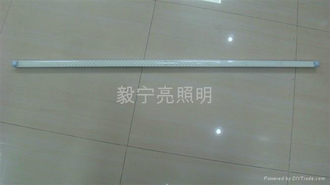 T5 1.2米無眩光3528 168燈日光燈 1