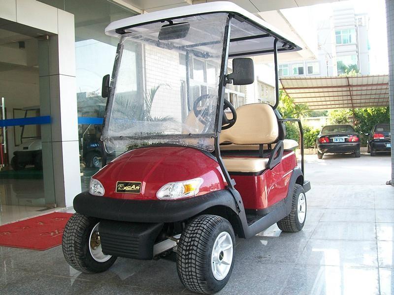 4人座电动高尔夫球车 3