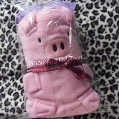 polar fleece lovely pig baby blanket