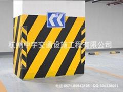 地下车库交通安全设施