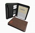 Leather portfolio with zipper and calculator 3