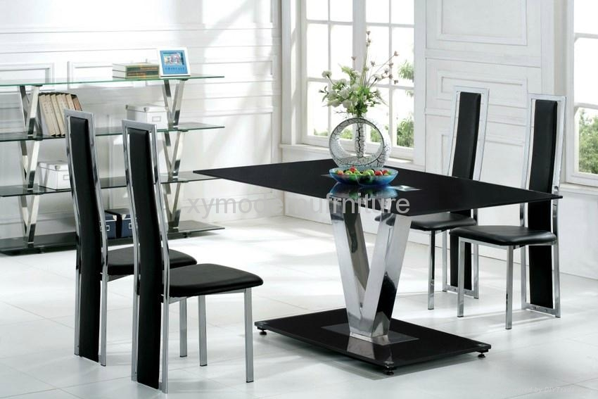 Modern Design Black Tempered Glass Dining Table And Chair