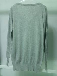 knit V-neck long style sweater 2
