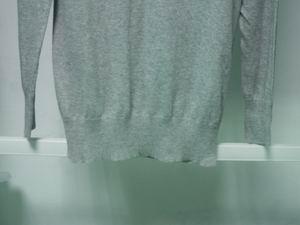 knit V-neck long style sweater 5