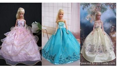 Beautiful doll wedding dress, doll clothes 1