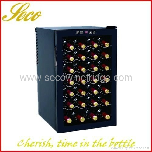 28 bottles thermo-electronic wine chiller cabinet 1