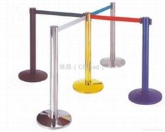 伸縮帶隔離柱