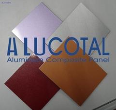 Nacreous aluminum composite panel