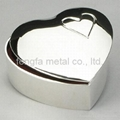 heart-shape jewelry box