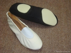 Split sole shoes of any material